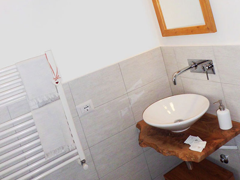 B&B More Than Rome <br> Bagno Room 1